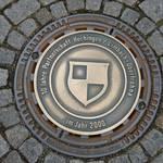 Den Gullideckel finden Sie Helenenstraße Ecke Johannisplatz