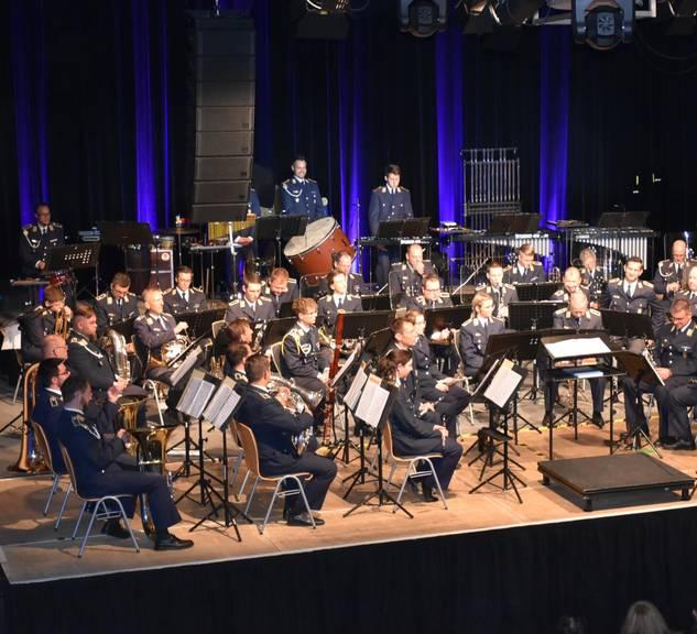 Benefizkonzert Orchester komplett